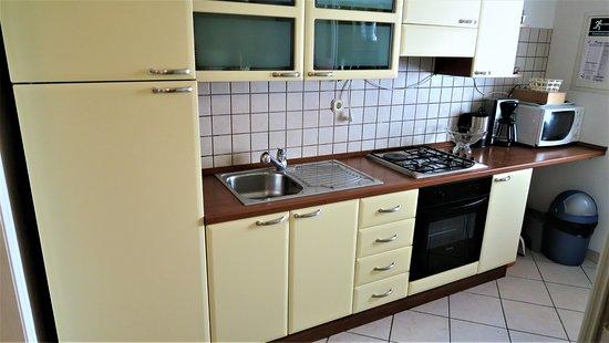 Villa Anamarija: Kitchen
