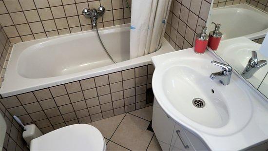 Villa Anamarija: Bathroom