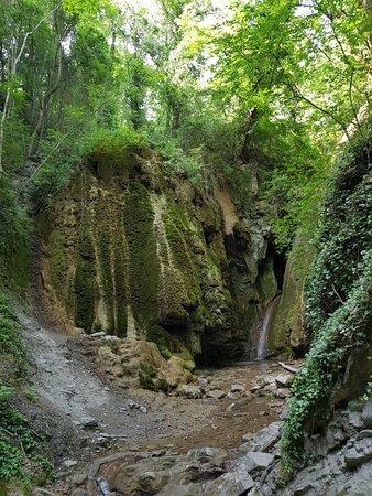 写真Gebiusskiye Waterfalls枚