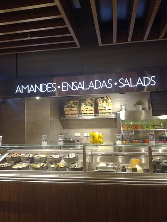 La Placa Gastro Mercat : Salad bar