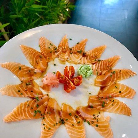 GoldenSushi Malvarosa Restaurante, o restaurante de sushi que levará todos os clientes por uma v