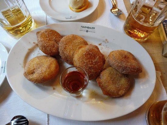 Haxnbauer: Apple Fritters