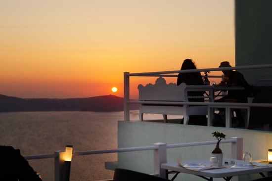 1500 BC Restaurant: Best Sunset Dinner restaurant in Fira SANTORINI