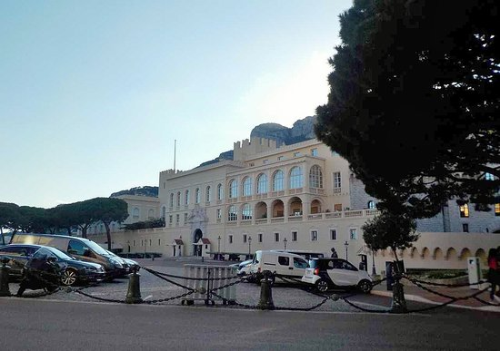 Prince's Palace: visione da est