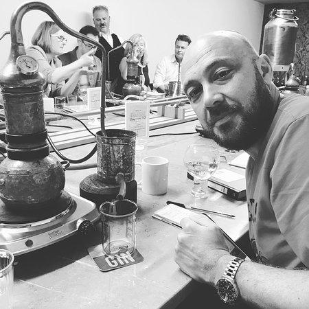 Nelsons Gin Distillery & Gin School-bild