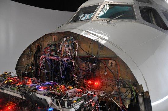 Real Simulator: Kokpit letadla DC-9