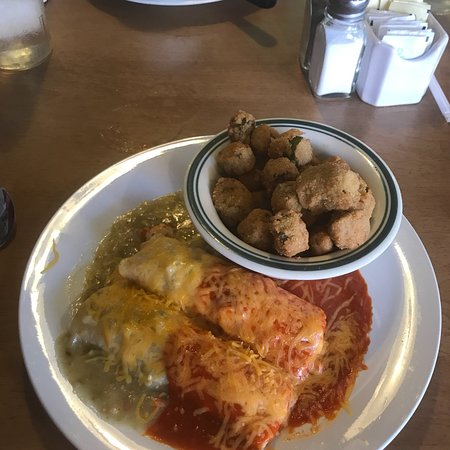 Calvert, TX: Zorro's amazing early supper!