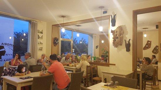 Trattoria Pizzeria Terra Nostra照片
