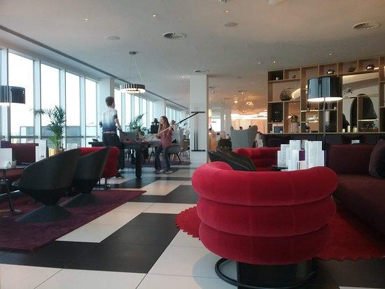 Virgin Atlantic Airways: Clubhouse LGW