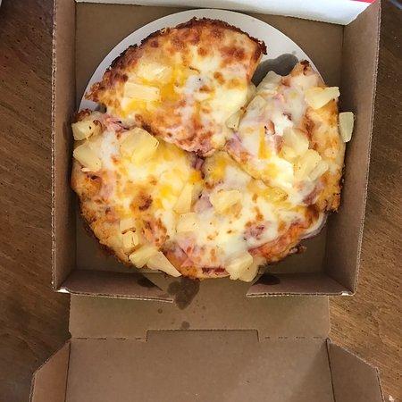 Hometown Pizza: photo0.jpg