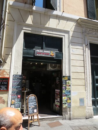"Pane pane vino Ar Vino: A small Outlet on Via del Gesu, close to ""The Pantheon"" - they do a great job!"