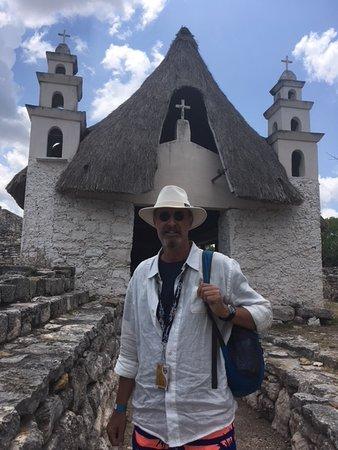 Sergio's Tours: Xcambo church