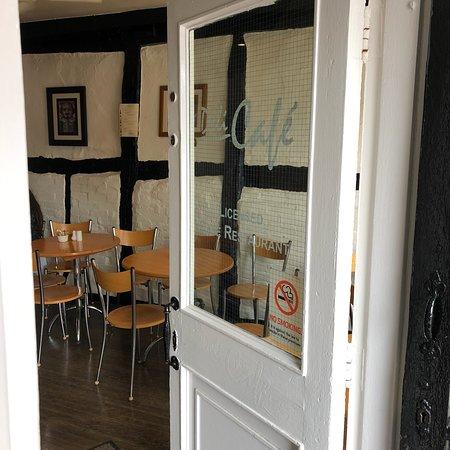 Deli Cafe Image