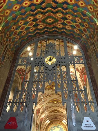 The Guardian Building: one of the four surviving Tiffany clocks
