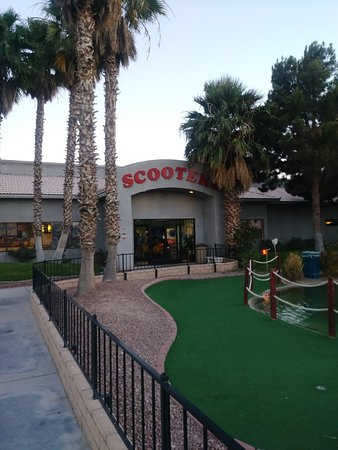 Bullhead City, AZ: Scooters Family Fun Center