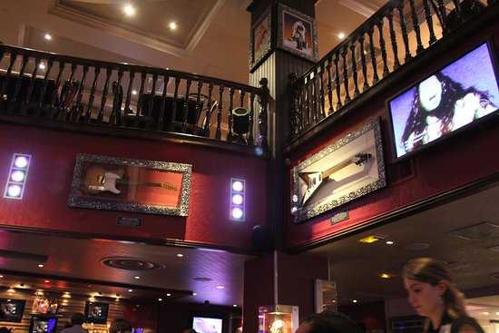 Hard Rock Cafe: HRC Paris interior