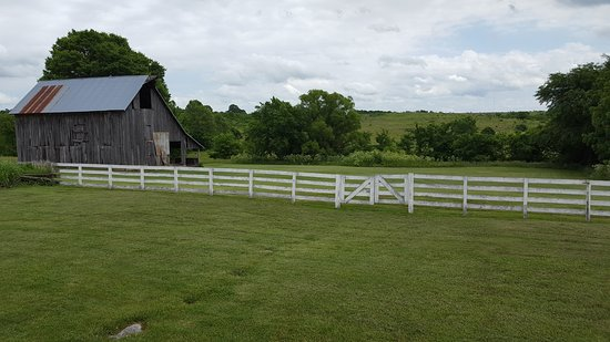 Ash Grove, MO: view of the barn from the house