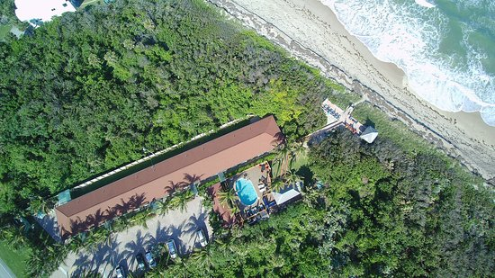 Seashell Suites Resort: Drone pic of Seashell Suites Directly on Beach
