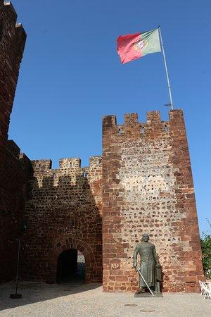 Castelo de Silves: Main gate.