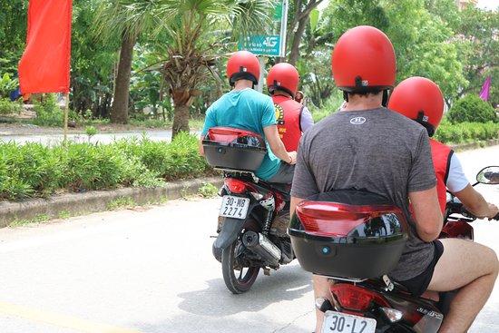 Motorbike Tours Hanoi: motorbike tour ninhbinh