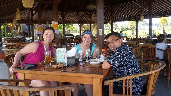 Banu Bali Tours: Lunch  time