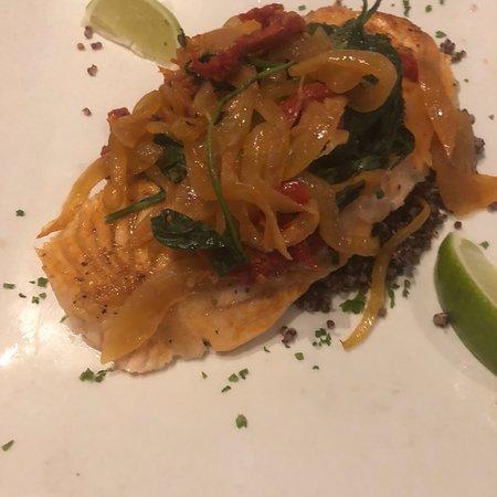 Japaneiro's Sushi Bistro & Latin Grill: photo1.jpg
