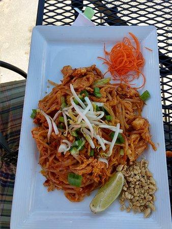 写真Bangkok Happy Bowl Thai Bistro and Sushi Bar枚