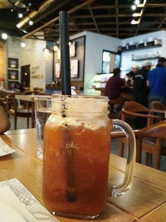Papparoti : Orange passionfruit iced tea