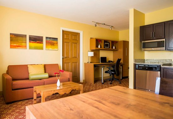 Towneplace suites tucson 84 9 9 updated 2018 prices hotel reviews az tripadvisor for 2 bedroom suite hotels in tucson az