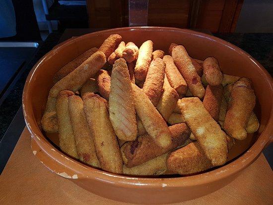 Paradise Beach Music Hotel: Variedad de comida para escoger