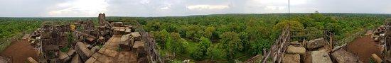 Koh Ker Temple: Panoramic view at the top of Prasat Thom - Koh Ker