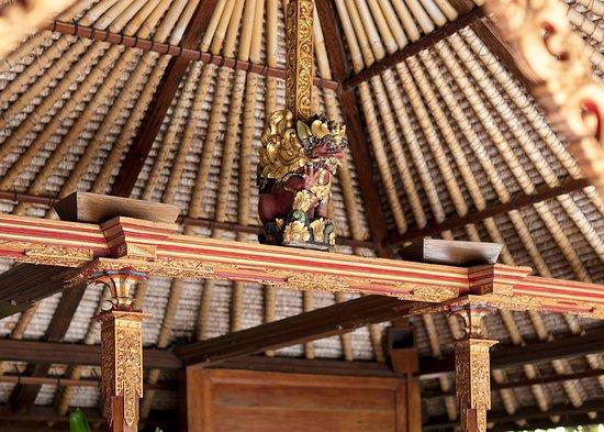 The Pavilions Bali: The Main Pool Sala