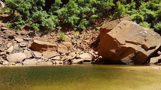 Emerald Pools照片