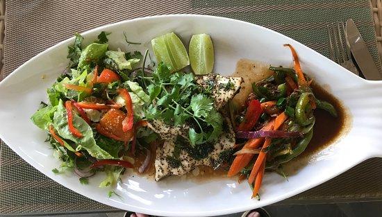 Cafe Vila Restaurant & Bar: Poulet Fish