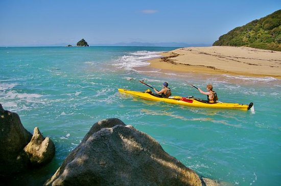 Abel Tasman National Park Kayak...