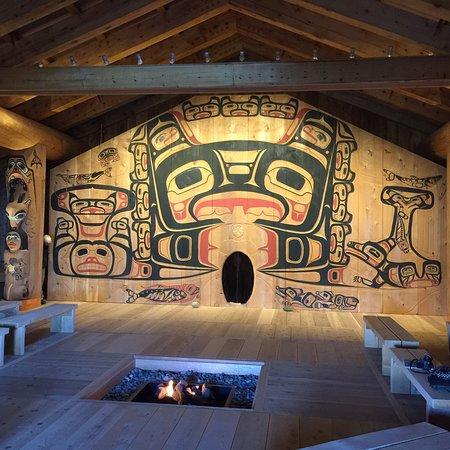 Glacier Bay Lodge: Just some sights around the Lodge.