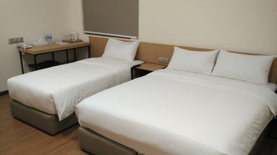 Qlio Hotel: #1