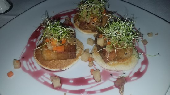 Kincaid Grill and Wine Bar: Pork belly appetizer