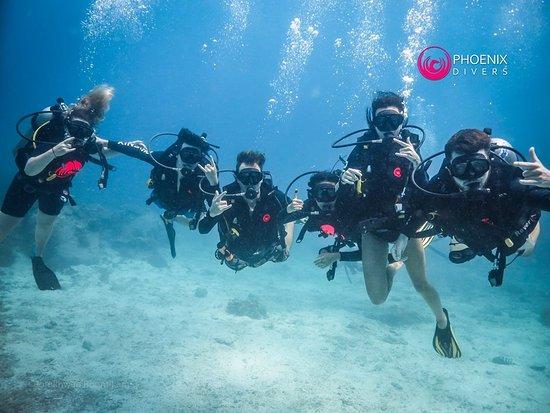 Phoenix Divers : Buoyancy skills on points