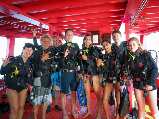 Phoenix Divers : Instructor Claus and his OW divers
