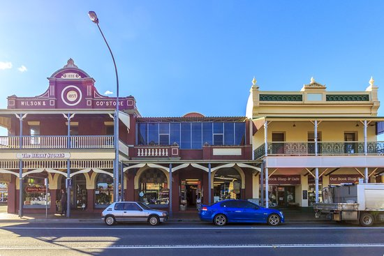 Shoalhaven, Australien: Historical Buildings in the Main Street of Berry