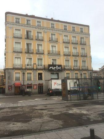 Mola Suites: Historic building