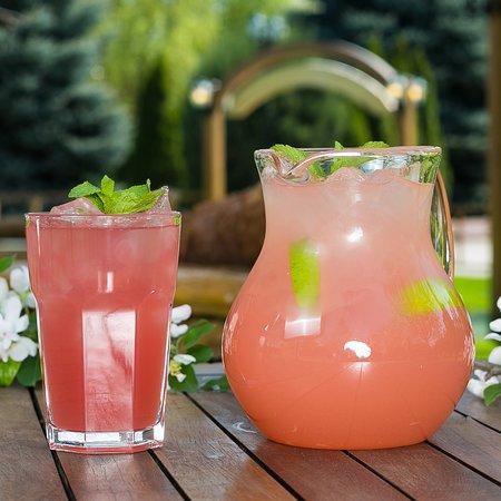 Sunset Efes Beer Garden: Lemonade