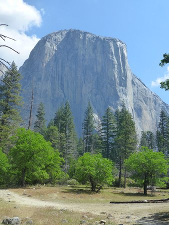 Yosemite Valley: bridalvail fall from a small distance