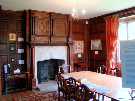 Chawton, UK: The smaller dining room