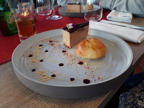 Restaurant Le Neptune: Foie gras au cassis