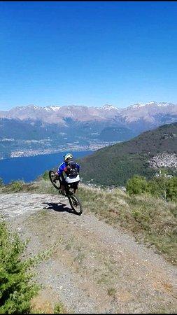 Valvarrone Bike: Spettacolare discesa dall'Alpe Giumello fino a Dervio