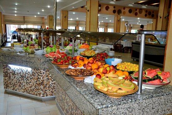 Hotel Paradis Palace: Speisesaal Leckeres Obst.