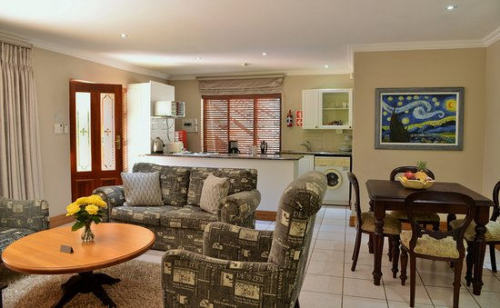 Bellgrove Guest House Sandton: Two-Bedroom Suite 5