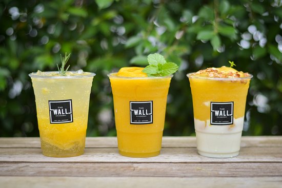 The Wall Cafe: Summer Mango.